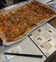 White Deer Cafe & Pizzeria