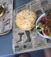 Packman Pizza & Burger