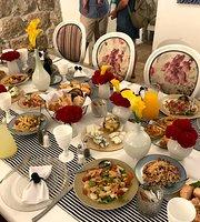 Gourmandises by Yoel