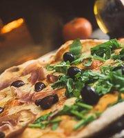 La Nave Pizzeria