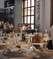 Villa Symposium Restaurant