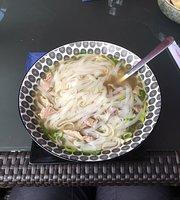 Min Café Banh Mi & More