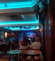 Luz tavern