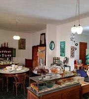 3 Marias Cafe & Tienda