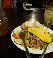 Maibeth Cafe & Resto