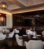 Dash Restaurant & Bar