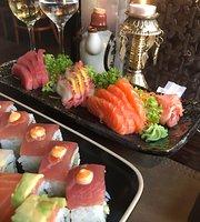 Kintsugi Sushi Bar & Grill
