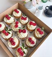 Cup & Cake Kavine