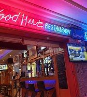 Woodhut Pub & Diner