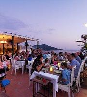 The Leaves Terrace Restaurant