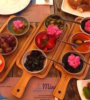 Flora Cafe & Restaurant