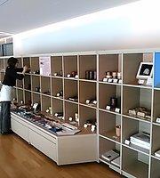 Akita Museum of Art Museum Shop&Cafe