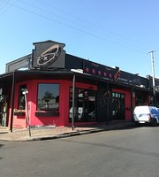 Six Cocktail Bar