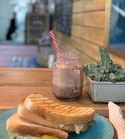 Mangeur De Cafe