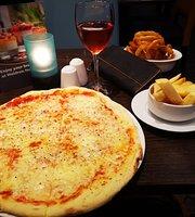 Grain & Grill Restaurant - Maldron Hotel Belfast International Airport