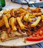 Giovannis Grill House-Cafe