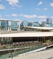 La Barge Issy