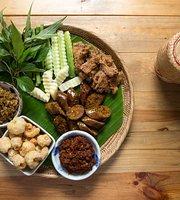 Thai Niyom Cuisine