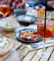 Bolinas Restaurant & Outdoor Terrace