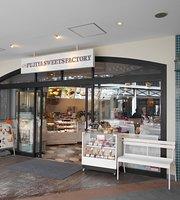 Fujiya Sweets Factory Nagashima