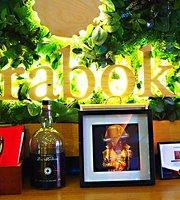 Araboka Casa de Vinos y Comidas