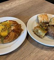 Aleppo cafe
