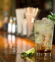 EN Lounge Bar