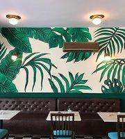 Mardi Coffee & Wine Bar