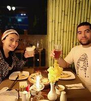 Alpakitay resto-bar
