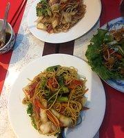 Saigon Le
