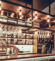 Jack Sparrow Bar & Restaurant