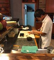 Asisu - Mom's Kitchen | Sushi & More