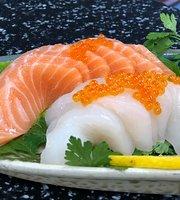 Wanna Sushi & Thai Mat