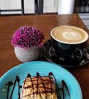 Carmel's Nail Bar & Cafe