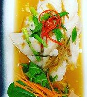 Rusty Iron Thai-Chinese Restaurant