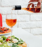 Sauce Pizza & Wine