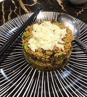 RongHu Restaurant BaXiKaoRou Buffet