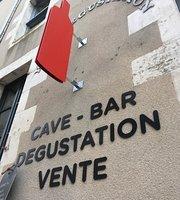 La Bouteille Rouge