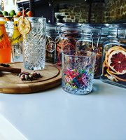 Begonia Bistro & Bar