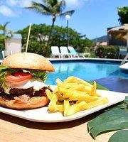 Sudi's Caribbean Bar & Grille