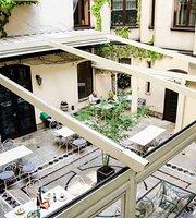 Sissi Restaurant & Wine