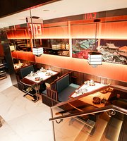 The 10 Best Restaurants Near Central Park Zoo In New York
