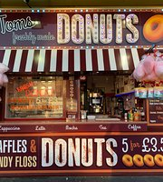 Toms donuts
