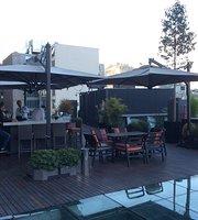 Hotel Magnolia Restaurant & Bar