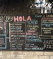 Hola Cafe & Bar
