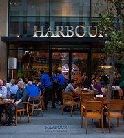 Harbour Restaurant & Pub