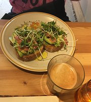 Yayu Cafe