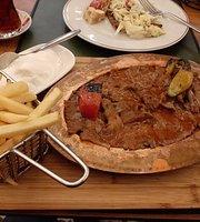Pakdad Doner Kabab