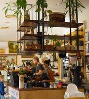Gramps Cafe