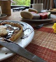 Nhi's Pancake House